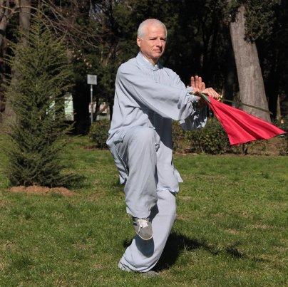 Tai Chi Chuan stile Yang - Forma sciabola 13 movimenti: Fare pulito a fondo, stordire e colpire con volontà e spirito elevato